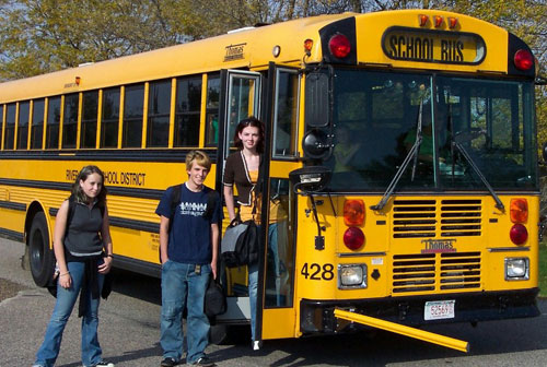 Reflections International | International High School Youth Exchange | Wisconsin | Bus